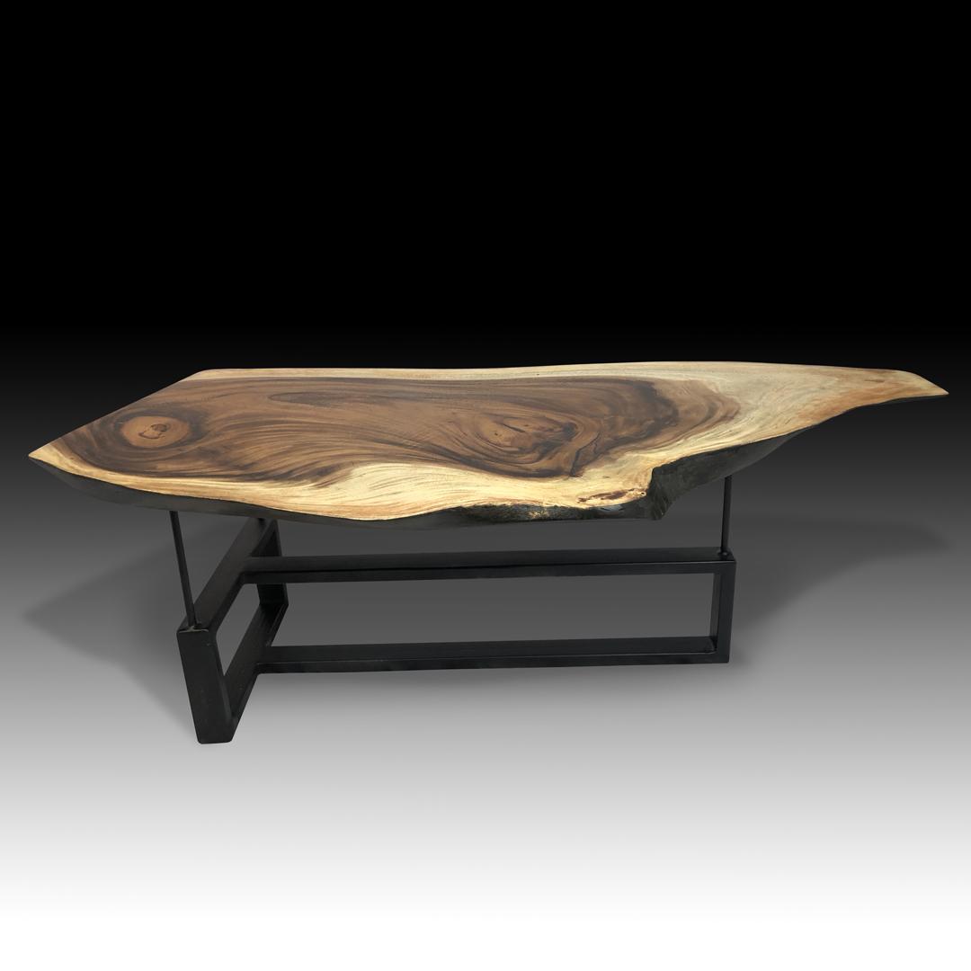 Monte Noir Table