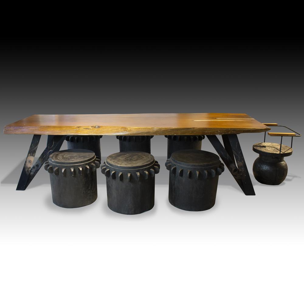 Garfunker-Live-edge-dining-table